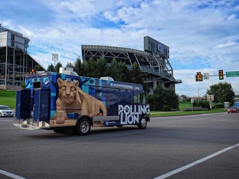 Rolling Lion Food Truck